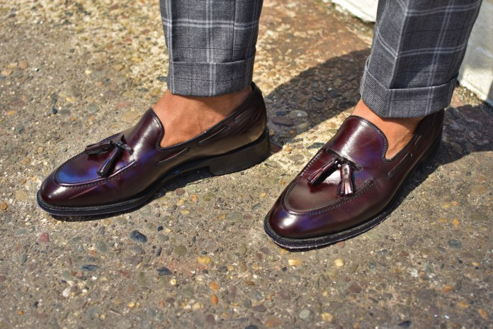 Новый тренд сезона - брюки в широкую клетку.
