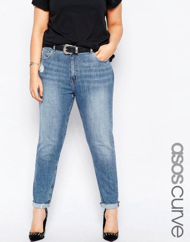 Мода для полных весна-лето 2016 - укороченные узкие джинсы.