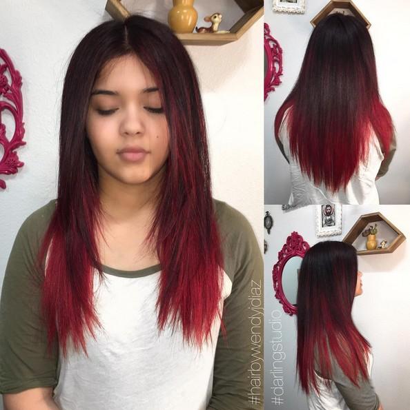На фото: темно каштановый цвет волос оттенок волос плавно переходит в более светлый каштановый цвет.
