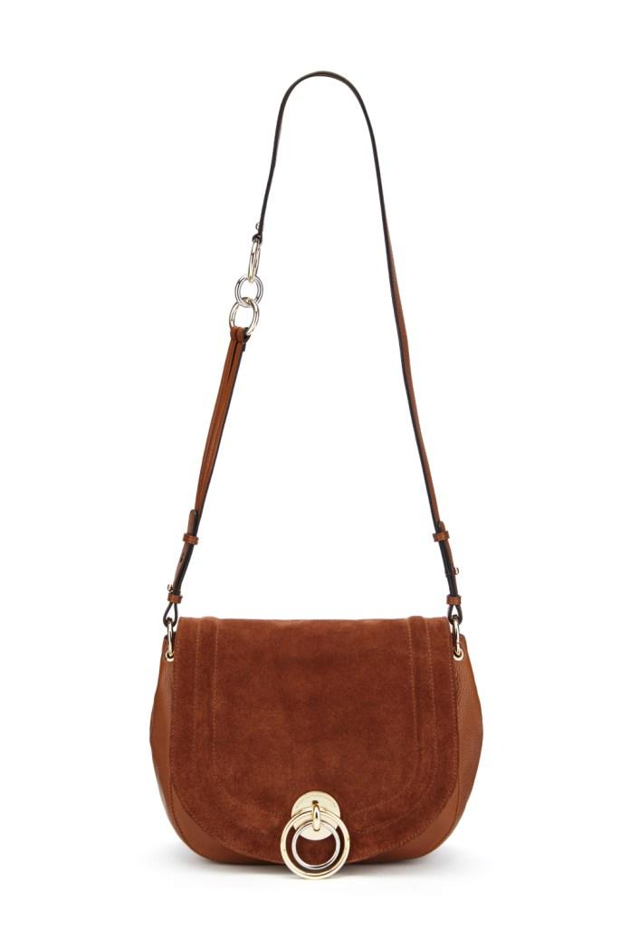 Модные сумки: тренд сезона - сумка с удлиненной ручкой фото из коллекции .Diane von Furstenberg.