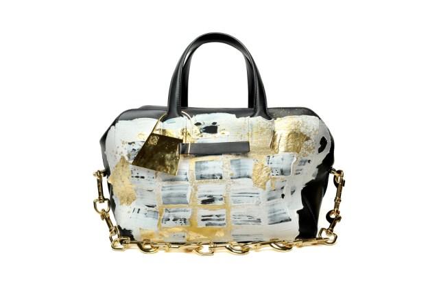 Модная сумка: яркая новинка сезона - сумка торба из коллекции loewe.