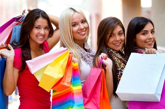 Статья почему в торговых центрах нечего выбрать? Ассортимент хуже, чем на рынке.