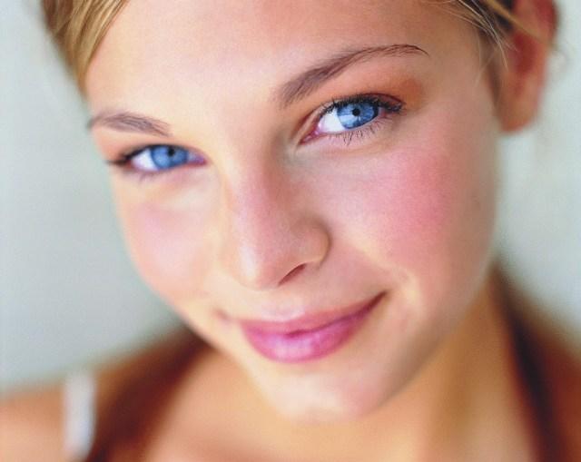 Антивозрастной крем для глаз от морщин.