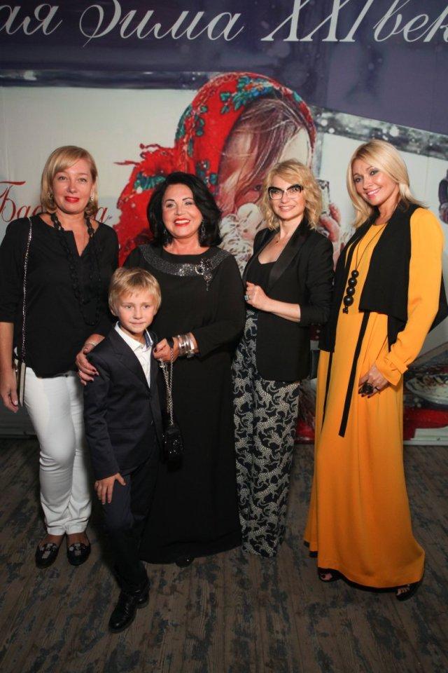 Надежда Бабкина представила третью коллекцию одежды