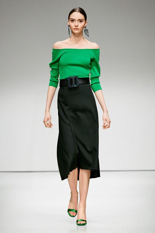 Длинная модная юбка 2017 ниже колена - фото новинка из коллекции Escada