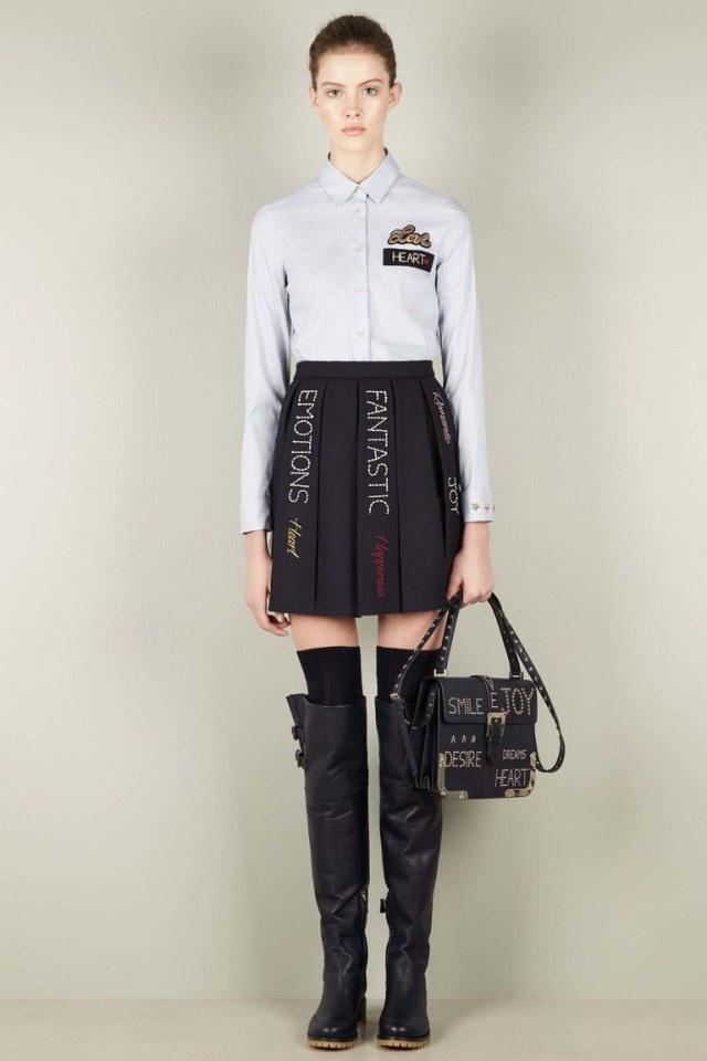 Короткая модная юбка 2017 с надписями - фото новинка из коллекции Red Valentino