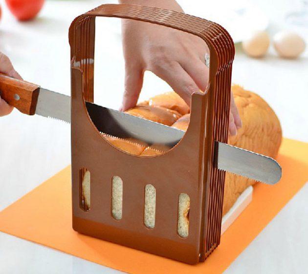 Слайсер для нарезки хлеба