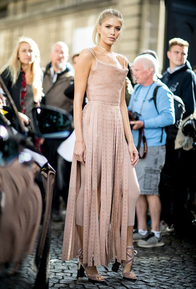 Оригинальная модель модного платья - фото новинки