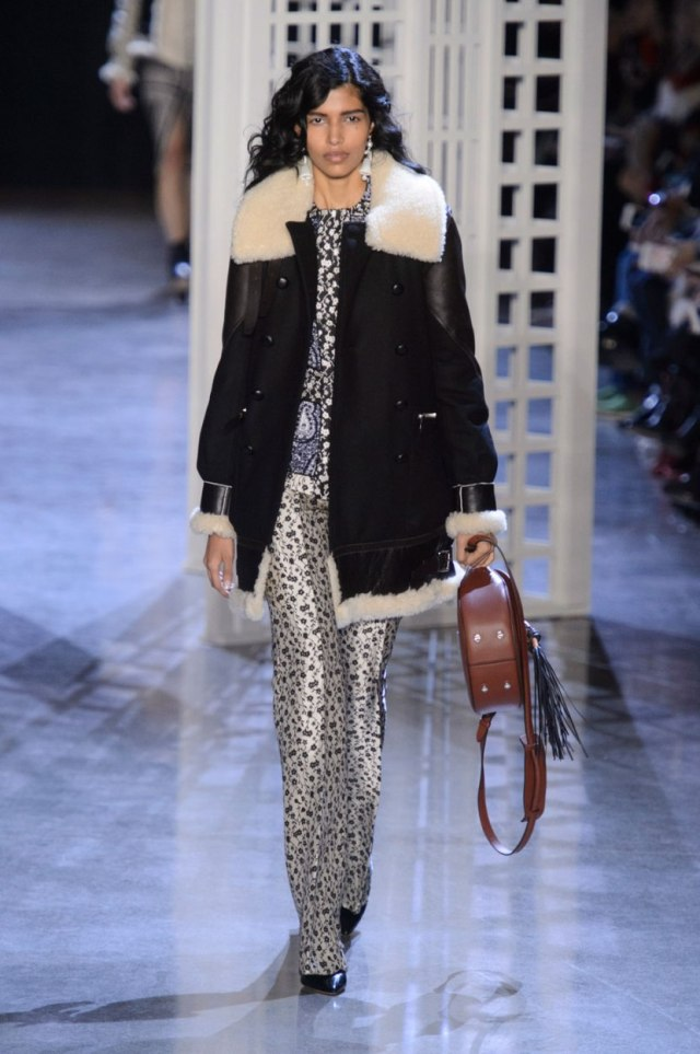Модное пальто в виде дубленки 2017 - с чем носить?