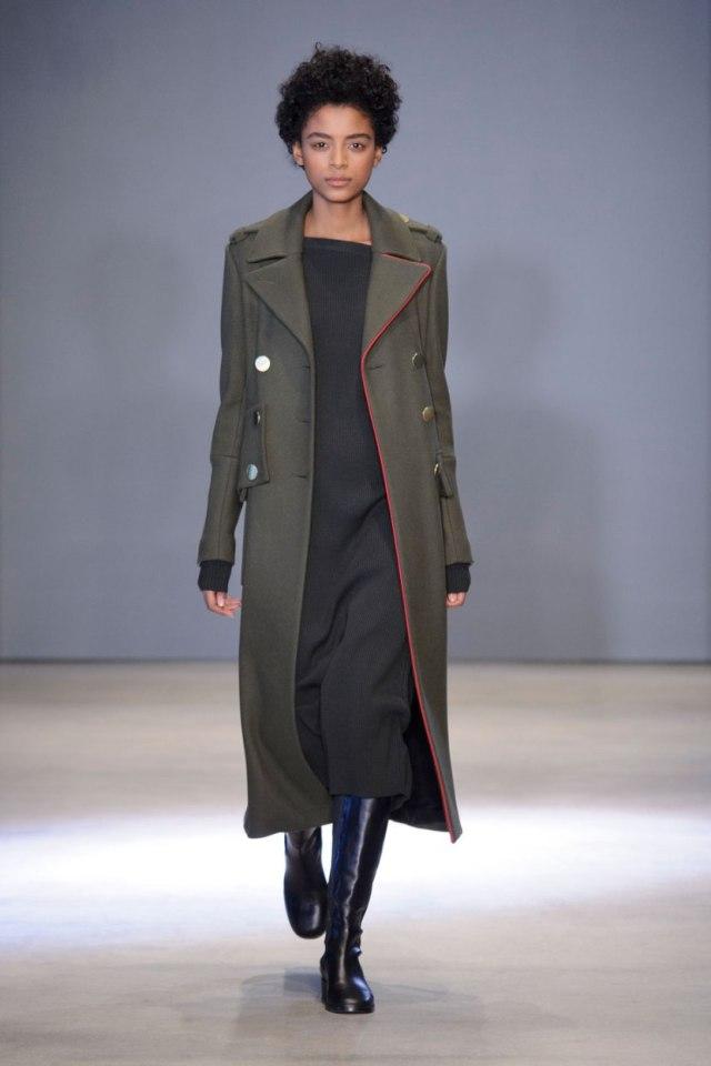 Пальто-шинель 2017: с чем носить?