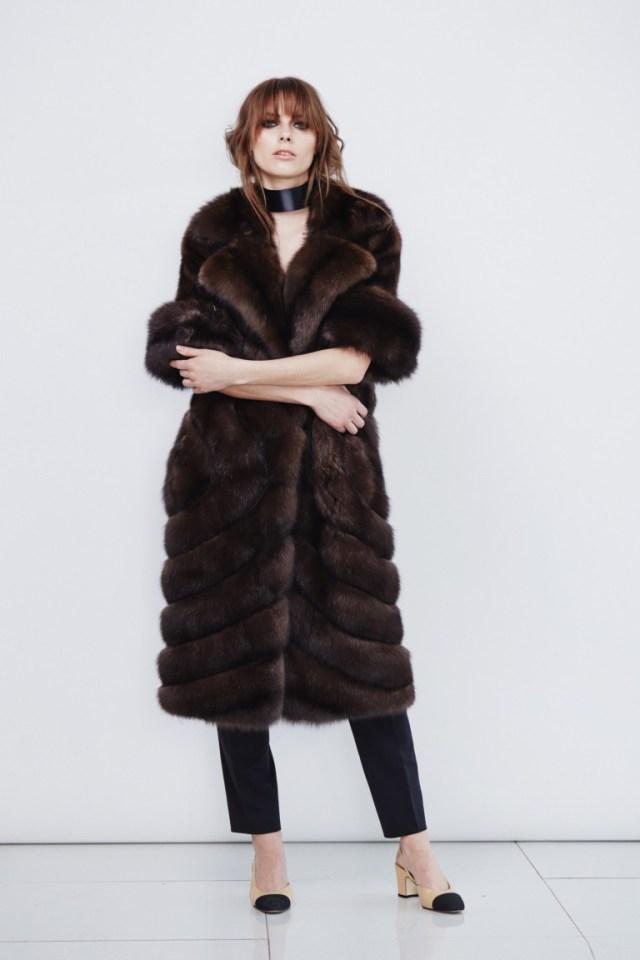 Модная эффектная шуба 2017 со слегка укороченными рукавами фото обзор коллекции by-Giulia.