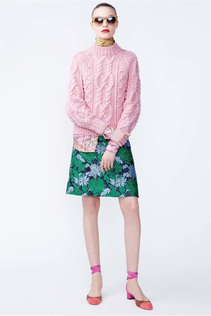 Модный розовый свитер 2017 - роскошный узор с интересными плетениями фото обзор коллекции J. Crew.