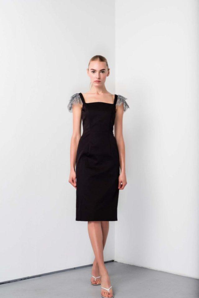 Коктельное платье черного цвета прямого кроя - новая модель 2017 года из коллекции Barbara Tfank.