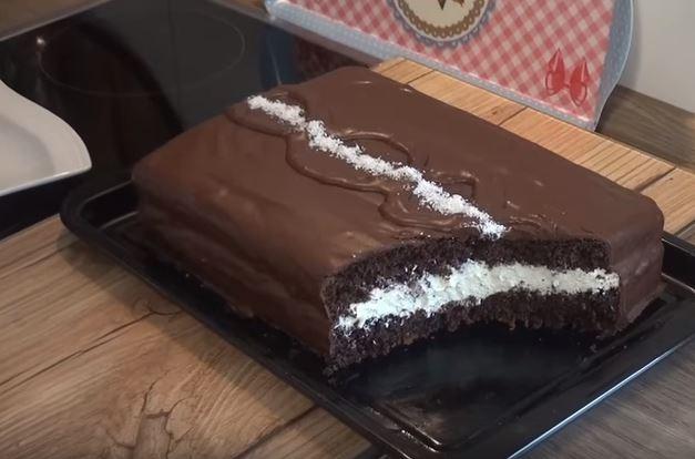 Çikolatalı pasta yapımı