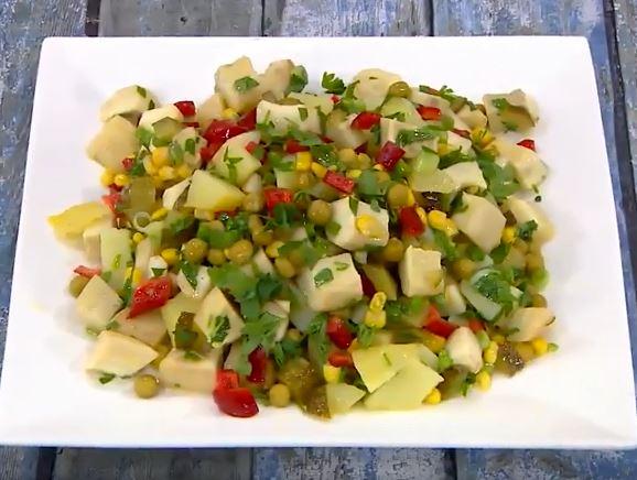 Enginarlı Salata yapımı