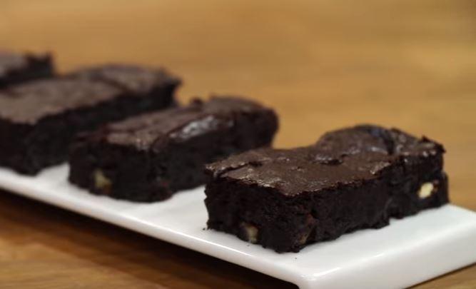 Çikolatalı Islak Kek yapımı