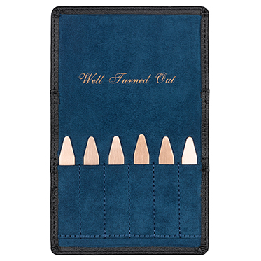 Ted Baker – Copper Plated Collar Stiffeners in Black Brogue Case