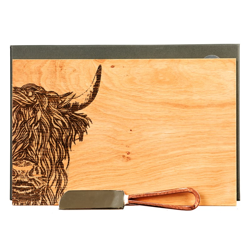 The Just Slate Company – Oak Etched Highland Cow Cheese Board & Knife Set