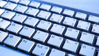 スマホ用のキーボードを買いました。