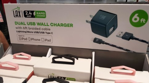 LAX Gadgets - Dual USB Wall Charger. YBLTV Review by Sarah Kepins.