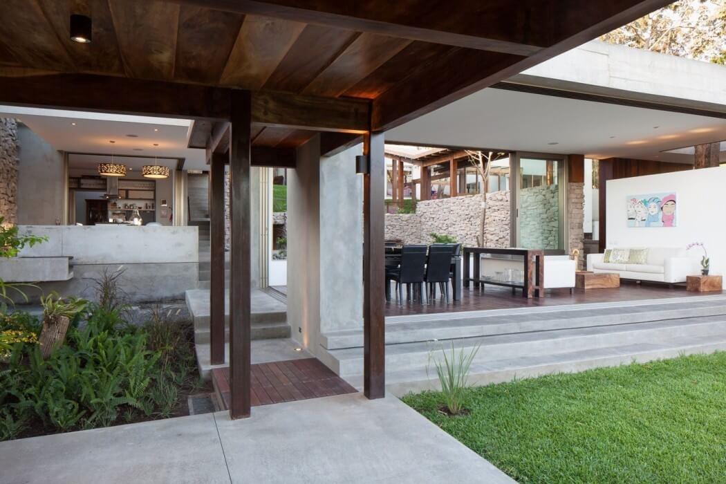 Garden House By Cincopatasalgato Homeadore