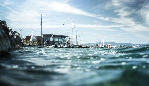 Vue du Yacht Club de Genève depuis l'eau