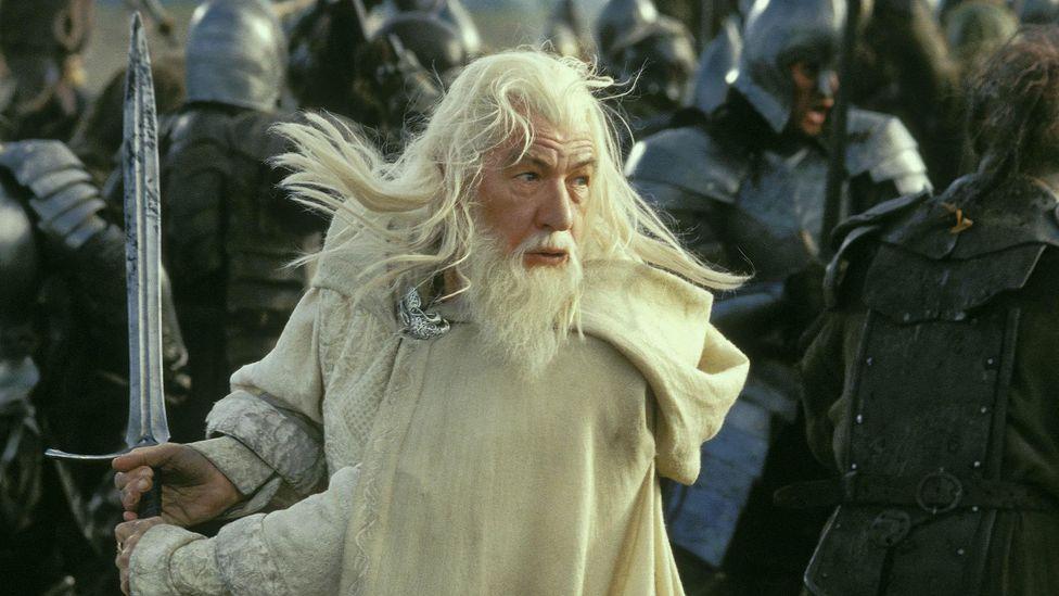 Gandalf'ın Glamdring'i Birinci Çağ Elfleri tarafından dövüldü;  edebiyatı çöpe atan birçok eski kılıçtan biridir (Kredi: Alamy)