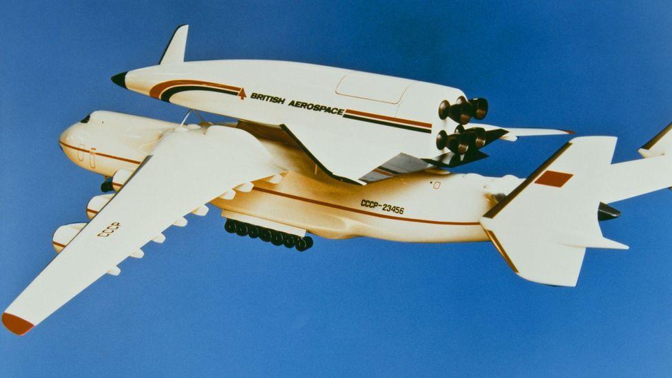 İngiltere'den Avustralya'ya 48 dakikada uçabilen bir uçağı öngören mahkum Hotol projesinin bir modeli (Kredi: Getty)