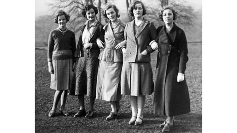 Jessica, Nancy, Diana, Unity and Pamela Mitford in 1935 – just the youngest, Deborah, is absent (Credit: Alamy)