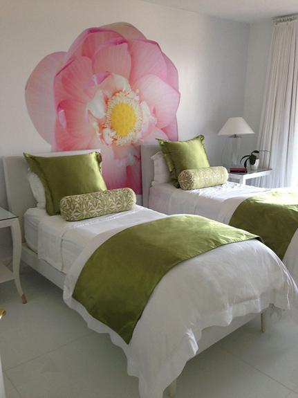 4 Jupiter Island modern guest room