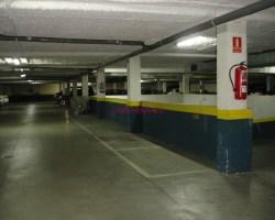 Canillas, de 1 a 4 plazas de garaje para moto. Ocasión
