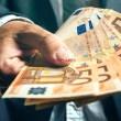 Obtenga un préstamo fácil a una tasa asequible del 2%.