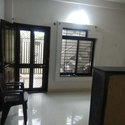 1 BHK Semi Furnished Flat Available For Rent
