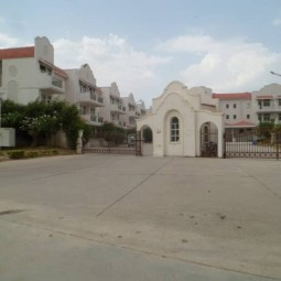 4 BHK Villa Available On Sale