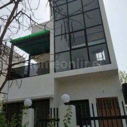 5 BHK Semi Furnished House Available On Rent