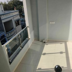 6 BHK House Available On Sale