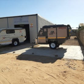 Bundu 4x4 trailer and caravan hire