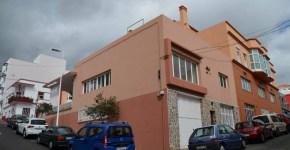 Edificio con muchas posibilidades empresariales en el centro de Breña Alta