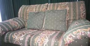 Ocasión, dos sofás a precio de uno.