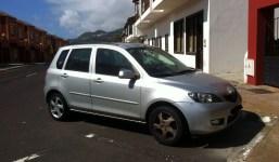 Se vende Mazda II (2004)
