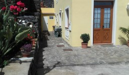Se alquila casa de 2 habitacioines en Villa de Mazo