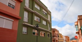 Interesante piso en el casco urbano de Breña Alta