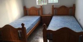 Juego de camas de madera maciza