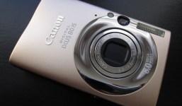 Extraviada cámara de fotos Canon IXUS 80 IS dorada