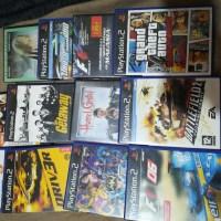 Se venden juegos PS2