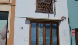 A la venta edificio en plena Avenida Marítima ideal como inversión