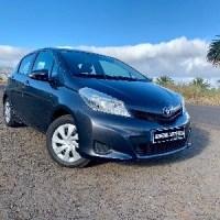 Toyota Yaris con 2 años de garantía!!