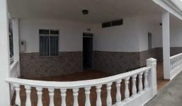 Se alquila Casa en El Remo