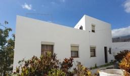 Casa urbana ideal para invertir a pocos minutos del centro de la capital palmera