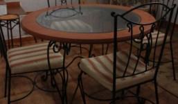 Mesa comedor en forja y madera 4 sillas
